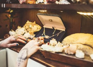 Whether you're looking for goodies for him or her, Alanya's best jewellery designers and shops have got you covered